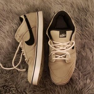 Nike Canvas Shoes Sneakers 2011
